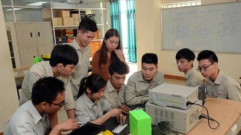 Thông tin về việc nhà trường 'ép học sinh yếu kém không thi lớp 10' vì thành tích