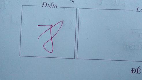 Học trò tranh cãi nảy lửa với câu hỏi 'Đây là điểm mấy', chuyện tưởng dễ nhưng khi nhìn vào bức hình thì ai cũng phải lắc đầu