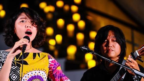 'Hiện tượng nhạc Trịnh' Hoàng Trang hát hay nhưng chưa biết trình diễn