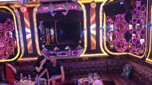 Gần 90 'dân chơi' dương tính với ma tuý trong quán karaoke ở Sài Gòn