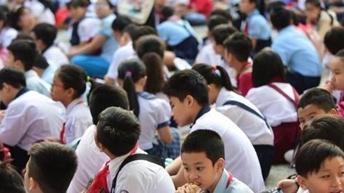 Tăng thêm 54.600 học sinh, TP.HCM phải tuyển gấp hàng ngàn giáo viên