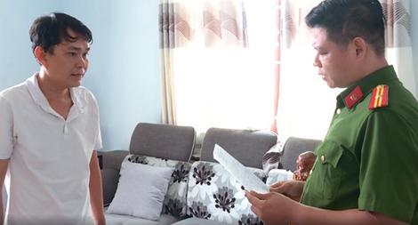 Tìm người bị lừa đảo  bằng 'sổ đỏ' giả ở Khánh Hòa