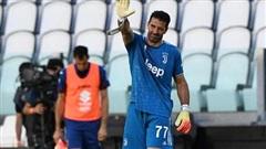 Buffon lập cột mốc lịch sử ở Serie A