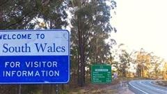 Dịch Covid-19: Lần đầu tiên sau 100 năm, Australia đóng cửa vô thời hạn biên giới 2 bang đông dân nhất