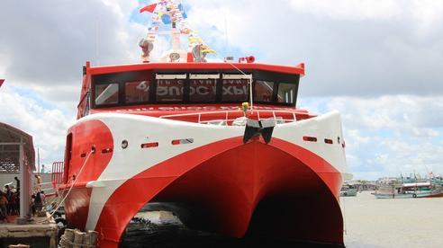 Đưa tàu 2 thân lớn nhất Việt Nam khai thác tuyến Cà Mau – Nam Du – Phú Quốc