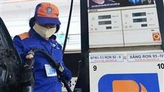 Giá xăng dầu ngày 8/7: Điều chỉnh giảm nhẹ