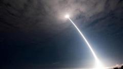 Mỹ đối phó thế nào với vũ khí siêu thanh của Nga và Trung Quốc