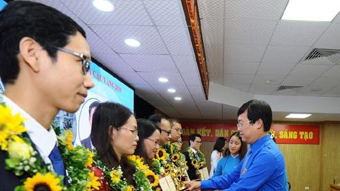 10 tài năng khoa học trẻ nhận giải Quả cầu vàng 2019