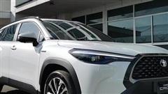 Chi tiết Toyota Corolla Cross ngoài đời thực: Giống RAV4, đại lý tại Việt Nam ồ ạt nhận đặt cọc, giao xe tháng 8