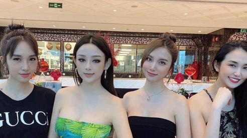 Hội 'chị đẹp' hẹn hò trà chiều sang chảnh, 'đọ' nhan sắc xinh đẹp trong cùng một khung hình