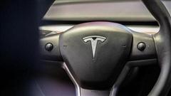 Elon Musk: Tesla đang tiến rất gần đến việc phát triển thành công xe tự lái hoàn toàn'