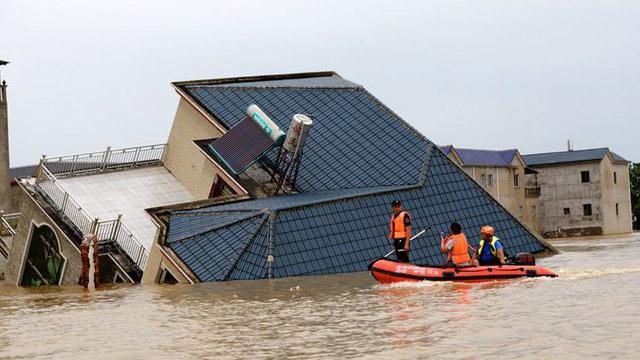 Lũ lụt ở Trung Quốc: Nước sông Dương Tử tiếp tục dâng cao, thách thức cho đập Tam Hiệp