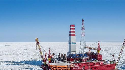 Lần đầu tiên trong lịch sử, dầu Bắc Cực của Nga cập cảng Trung Quốc