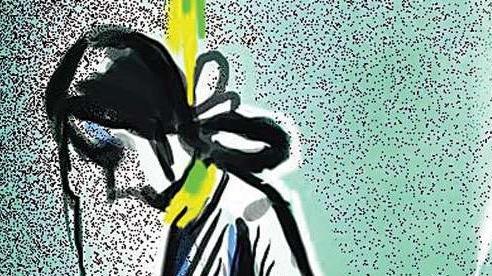 Trường nội trú bị tố che đậy việc nữ sinh treo cổ tự tử và bí mật đem hỏa táng