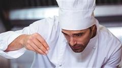 Tại sao bếp trưởng nhà hàng, khách sạn lớn thường là nam giới?