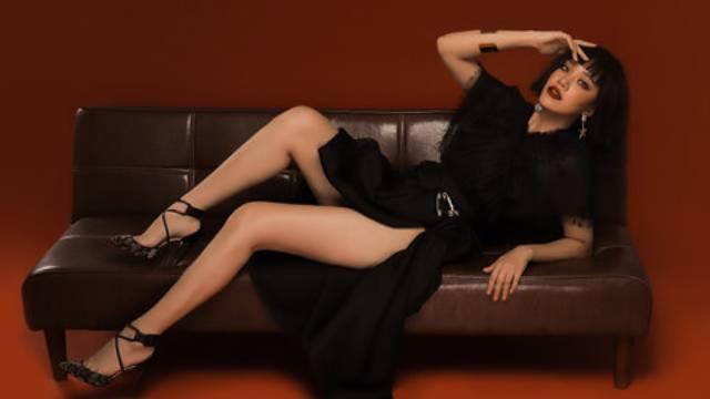 Á hậu Kim Duyên chơi lớn thử sức với tóc ngắn, thiếu nghị lực suýt khóc vì 'nhìn lạ quá'