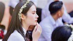 Sở hữu góc nghiêng cực phẩm, nữ sinh Bình Định hút 20.000 lượt yêu thích nhờ bức ảnh rạng rỡ trong lễ bế giảng
