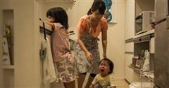 Xem xong bộ tranh này, mẹ nào cũng phải cười ngặt nghẽo: 'Ơ, sao lại giống nhà mình thế?'