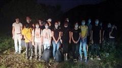 Bắt giữ 45 người nhập cảnh trái phép từ Trung Quốc về Việt Nam