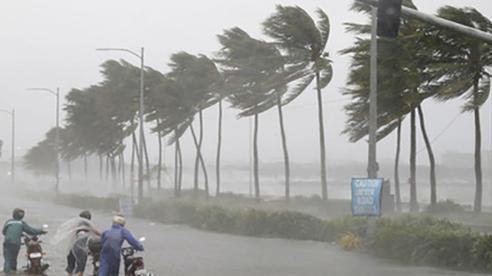 Bão số 2 'Nữ thần huyền thoại' chiều mai đổ bộ vào các tỉnh Trung bộ, cảnh báo mưa lớn trên cả nước từ đêm nay