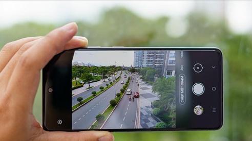 Dùng thử chế độ Chụp Một Chạm trên bộ đôi smartphone Galaxy A51 và A71 của Samsung