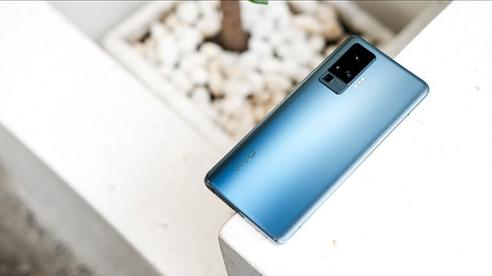 Cận cảnh Vivo X50 Pro giá 20 triệu: Thiết kế hiện đại, camera gimbal siêu chống rung, màn hình tràn viền 90Hz, Snapdragon 765G