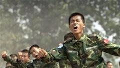Sau 40 năm nỗ lực hiện đại hóa, QĐ Trung Quốc vẫn chưa khắc phục được 'mắt xích' yếu nhất?