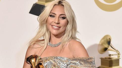 Rầm rộ tin Lady Gaga đang mang bầu 8 tháng với bạn trai cũ trong khi đang hẹn hò nhà đồng sáng lập Facebook