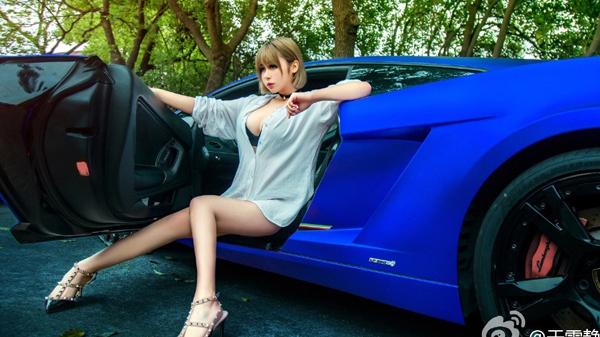 Vòng 1 khủng, body chuẩn mẫu, chân dài miên man: Hot girl Trung Quốc lộ nhan sắc thật, cặp đùi 'cột đình' khiến fan khiếp vía