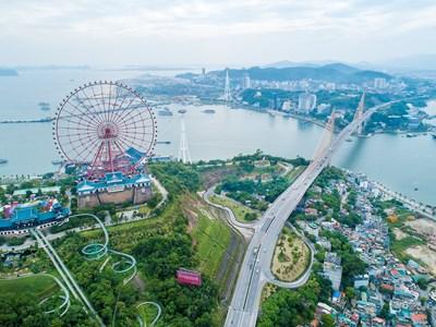 Thế giới giải trí hiện đại làm tăng sức hấp dẫn của du lịch Quảng Ninh