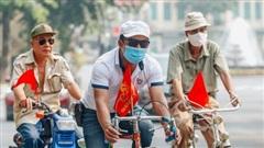Ảnh: Phố phường Hà Nội rợp cờ hoa chào mừng Quốc khánh 2/9