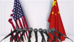 'Động tay nhẹ' với các phóng viên Mỹ, Trung Quốc nói gì?