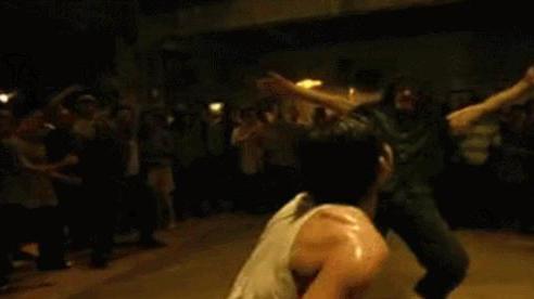 Cao thủ võ Việt tung cú đấm lật quai hàm đối thủ ở màn tỉ thí gây chấn động khắp miền Nam