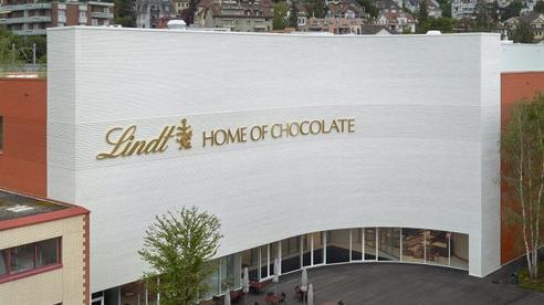 Choáng ngợp trước bảo tàng chocolate lớn nhất thế giới, nơi có đài phun chocolate 'siêu to khổng lồ' khiến hội hảo ngọt thích mê