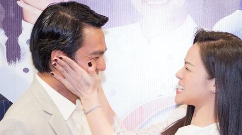 'Vua bánh mì' chính thức ra mắt: Nhật Kim Anh - Cao Minh Đạt tình tứ, âu yếm nhau