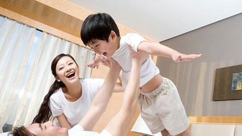 Vợ bẽ bàng khi sinh con xong, chồng chỉ yêu con, không ngó ngàng tới vợ