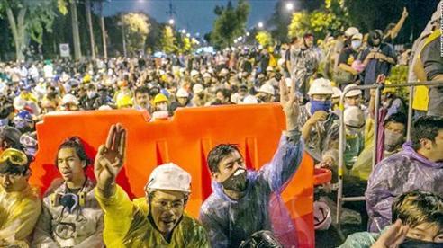 Thái Lan: Người biểu tình yêu cầu Thủ tướng từ chức trong 3 ngày