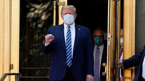 Tranh cãi về sự phục hồi của ông Trump
