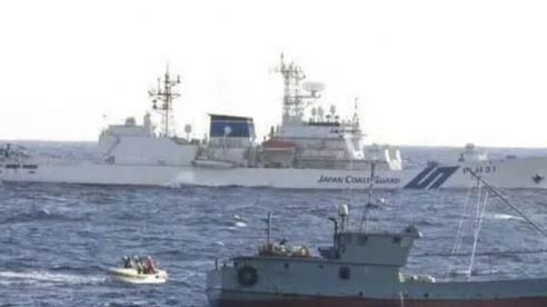 Hàng nghìn tàu cá TQ ngang nhiên hoạt động ở biển Nhật Bản: Phản ứng của Tokyo làm ngư dân Nhật 'bức xúc'