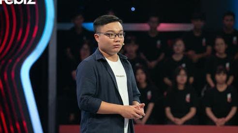 Vâng lời bố mẹ vào ĐH ngành Luật, đến năm thứ 3 nghe 'tiếng lòng' bỏ đi học cao đẳng lập trình, chàng trai 25 tuổi được ông Hoàng Nam Tiến mời về làm GĐ phát triển Mega App