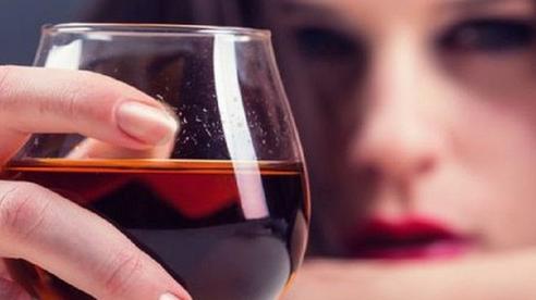 Những 'đại kỵ' khi uống rượu, biết mà tránh kẻo 'ân hận mấy cũng muộn'