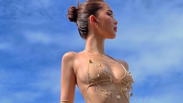 Ngọc Trinh khoe ảnh bikini mặc như không mặc, nhưng chú thích ẩn ý 18+ kèm theo mới là điều gây sốc nặng