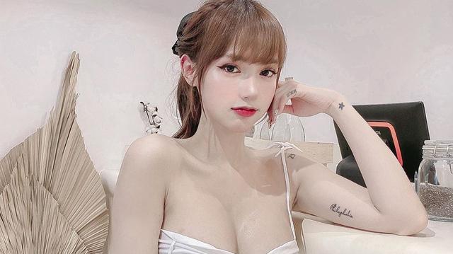 Sở hữu body nóng bỏng, nàng hot girl Việt được báo chí nước ngoài khen nức nở