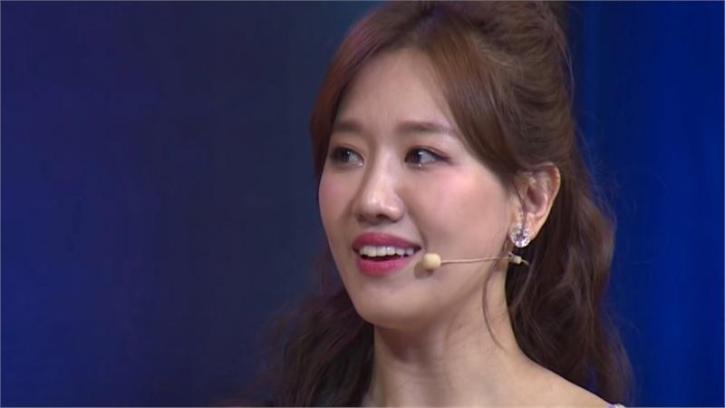 Khẳng định Trấn Thành lấy mình vì thích vợ nhõng nhẽo, Hari Won bị khán giả chất vấn: Có mâu thuẫn quá không?