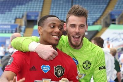 Anthony Martial hào hứng, thủ môn De Gea thận trọng với luật sửa đổi