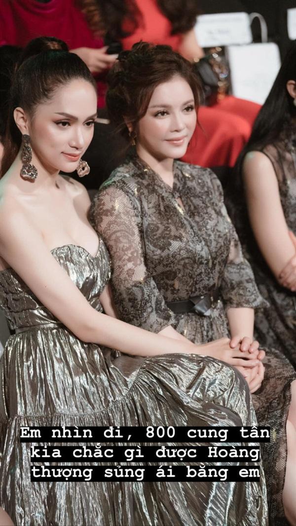Cô tin chắc Hương Giang sẽ dễ dàng thành công, 1 chọi 800 để nhận được sự sủng ái của Hoàng Thượng.