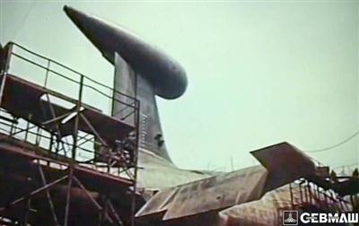 Chế tạo tàu ngầm nguyên tử 'Báo tuyết' tại xưởng của nhà máy Sevmash. Ảnh: Sevmash.
