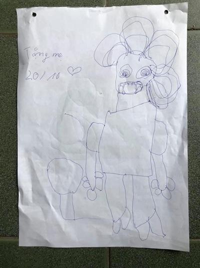 Đây chắc chắn là bức tranh con vẽ dưới sự miêu tả của bố khi nhớ lại mỗi lần chót đi chơi về muộn.