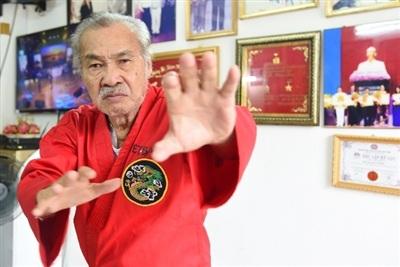 NSND Lý Huỳnh là người rất giỏi võ thuật.