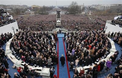 Đây là hình ảnh ông Trump tham dự lễ nhậm chức và tuyên thệ tại Điện Capitol ngày 20//2017. Ảnh: Reuters